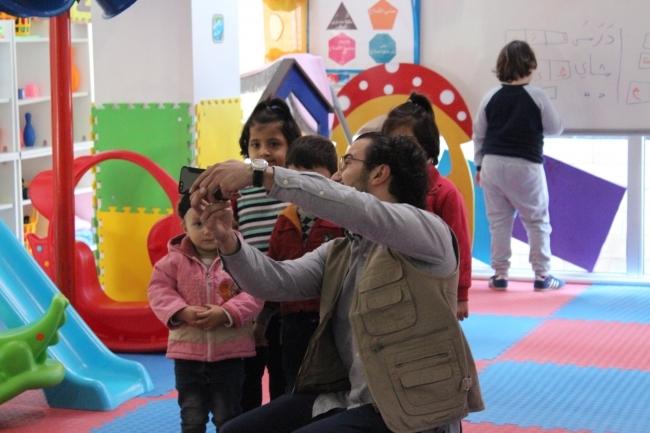 arabic.zakat.org - مساعدة الأطفال اللاجئين السوريين لبناء مستقبلهم