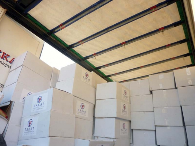Zakat Foundation of America - Fifth Truckload of Food Packages Delivered to Syrians and Syrian Refugees