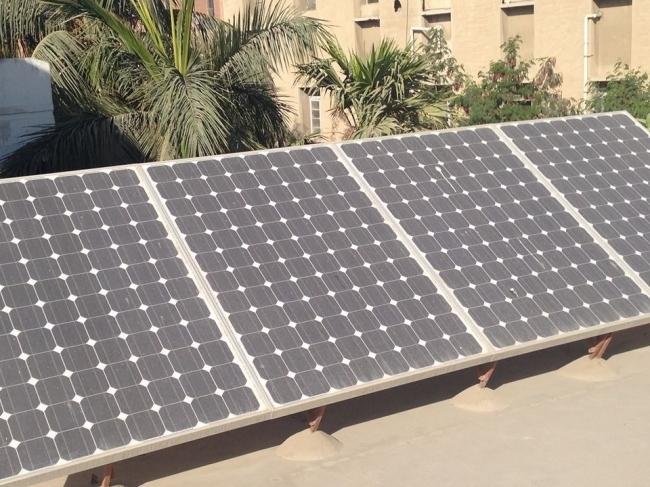 arabic.zakat.org - توفير الكهرباء لـ 100 مدرسة بالطاقة الشمسية